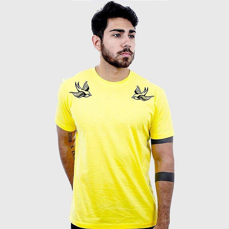 Camiseta Amarela Manga Curta Andorinhas Hardivision