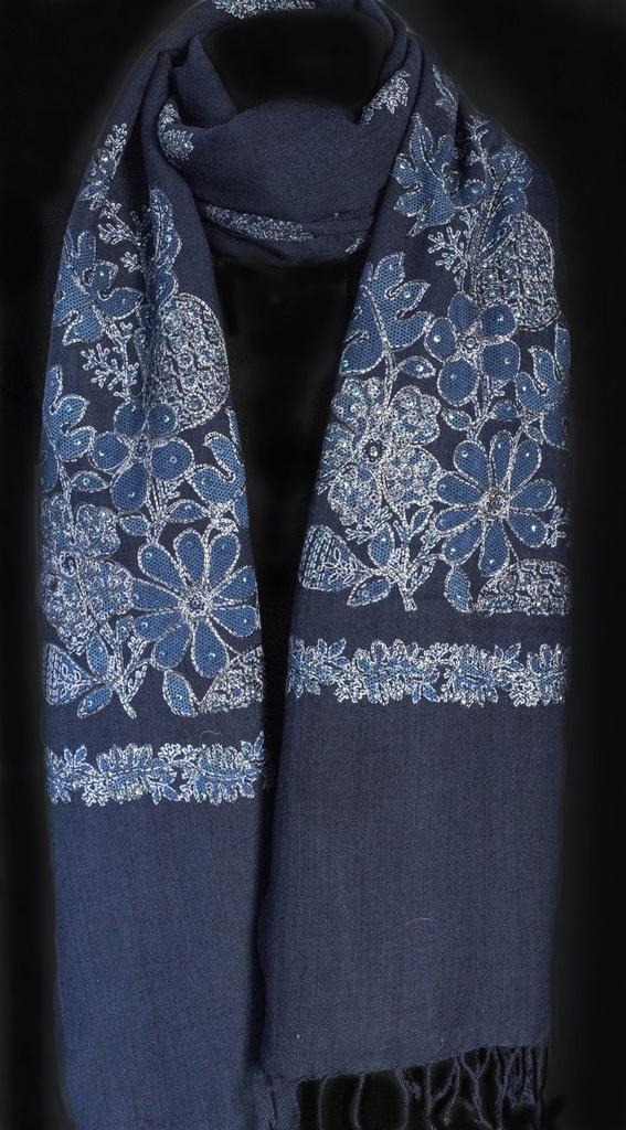 Pashmina azul marinho bordada 100% lã da Kashmira modelo bunch Senior