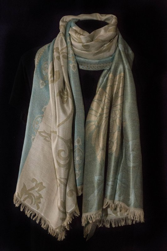 Pashmina lã com seda brocada cores  beje com turquesa claro