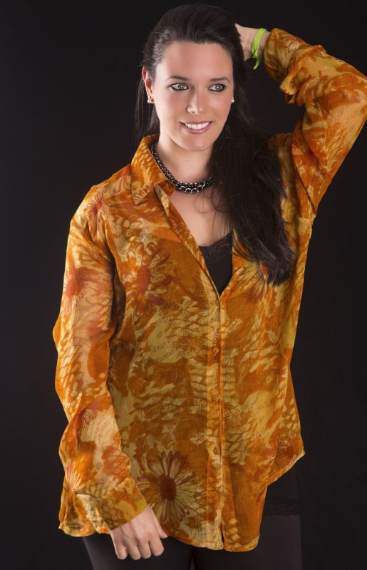 Camisa Georgette Floral Mostarda com Amarelo Plus Size