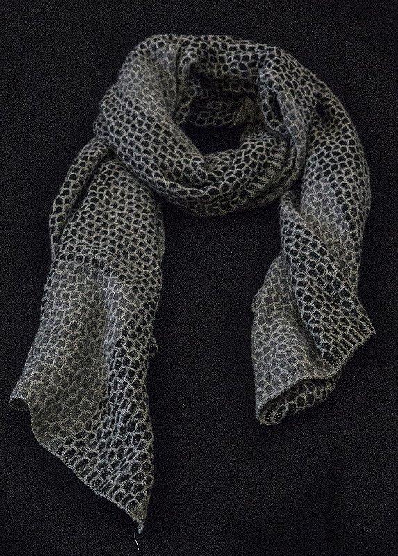 echarpe lã acrílica extra macia tons de beje com preto e cinza