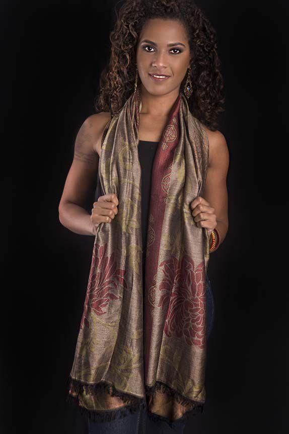 Pashmina estampa brocada lã com seda tons de dourado com tijolo