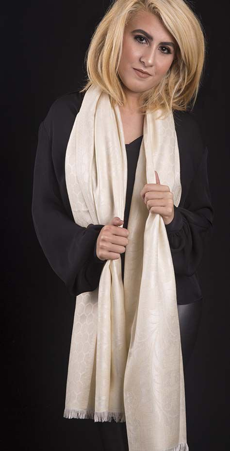 Pashmina Off White Brocada Lã com Seda