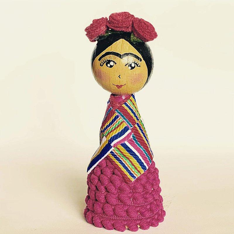 Boneca Frida Pompom