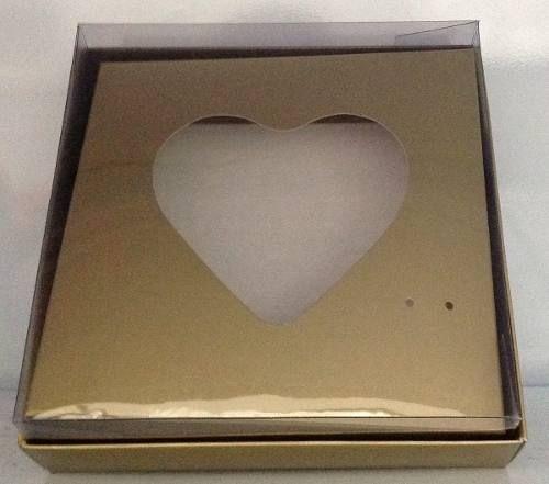 Caixa de Coração Para Ovo de Colher  500g  com  10 unidades