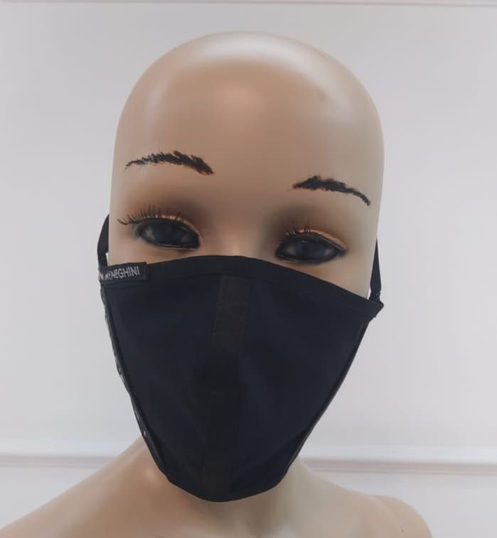 Máscara Feminina de Proteção de Tecido Reutilizável Lavável