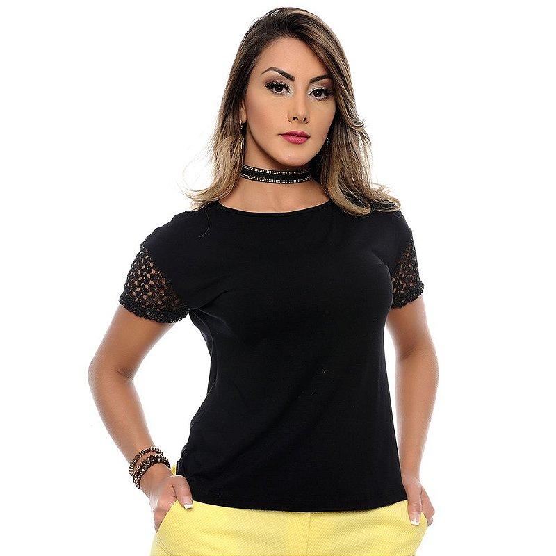 Blusa M/C Detalhe Guipir e Decote Redondo B'Bonnie Preta