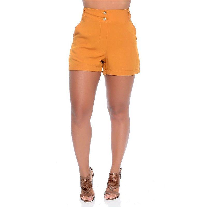 Shorts Feminino Cintura Alta Com Bolsos Barra Dobrada e Botões B'Bonnie Mostarda