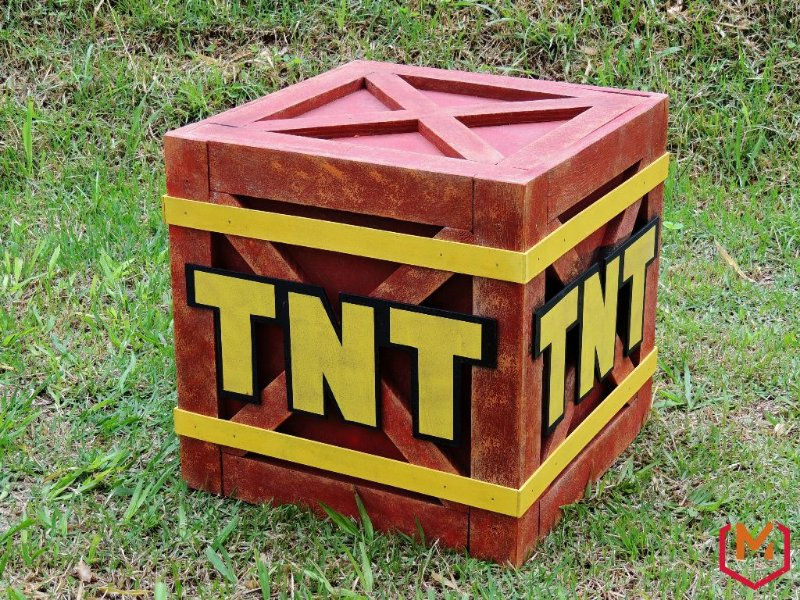Caixa TNT - Crash Bandicoot