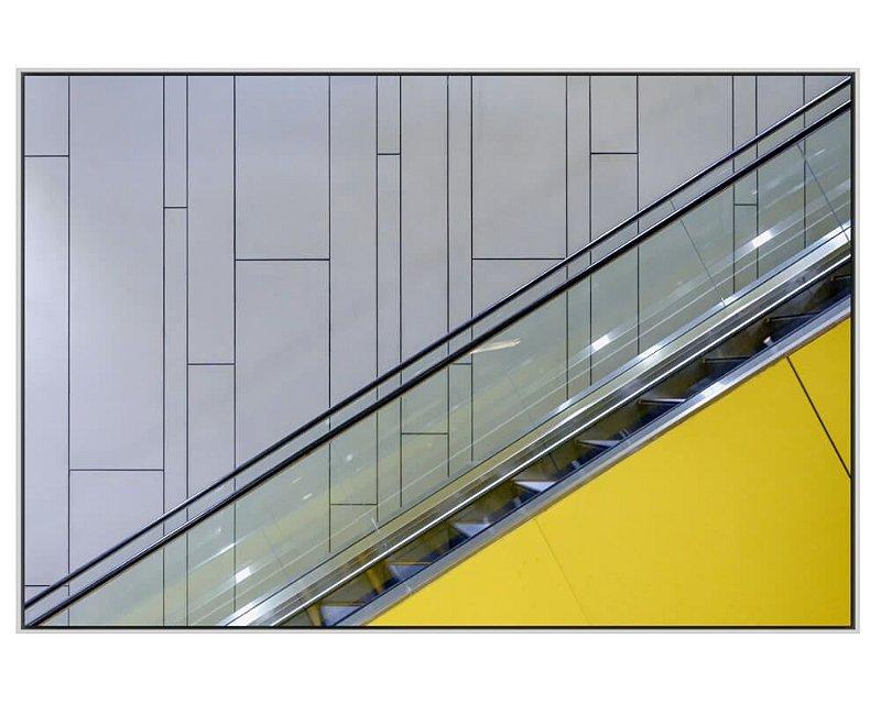 Quadro Canvas Escada Rolante Amarela