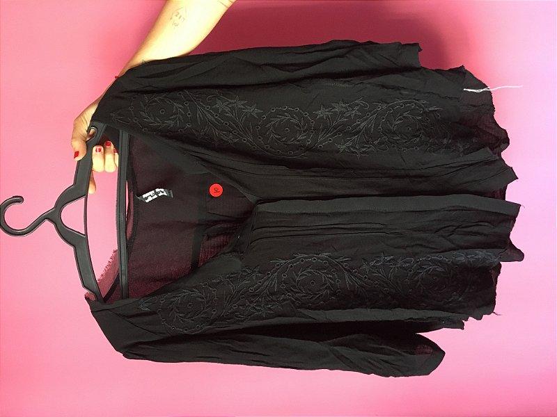 camisa bordada brechó - tamanho 38