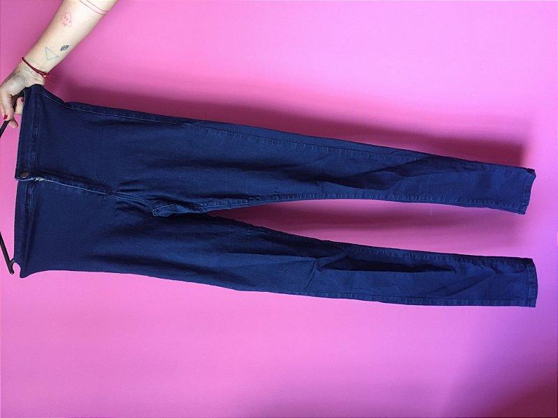 jeans brechó - tamanho US - W28 L36