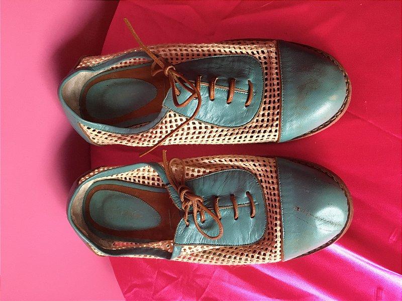 sapato de couro Juliana Bicudo - tamanho 36