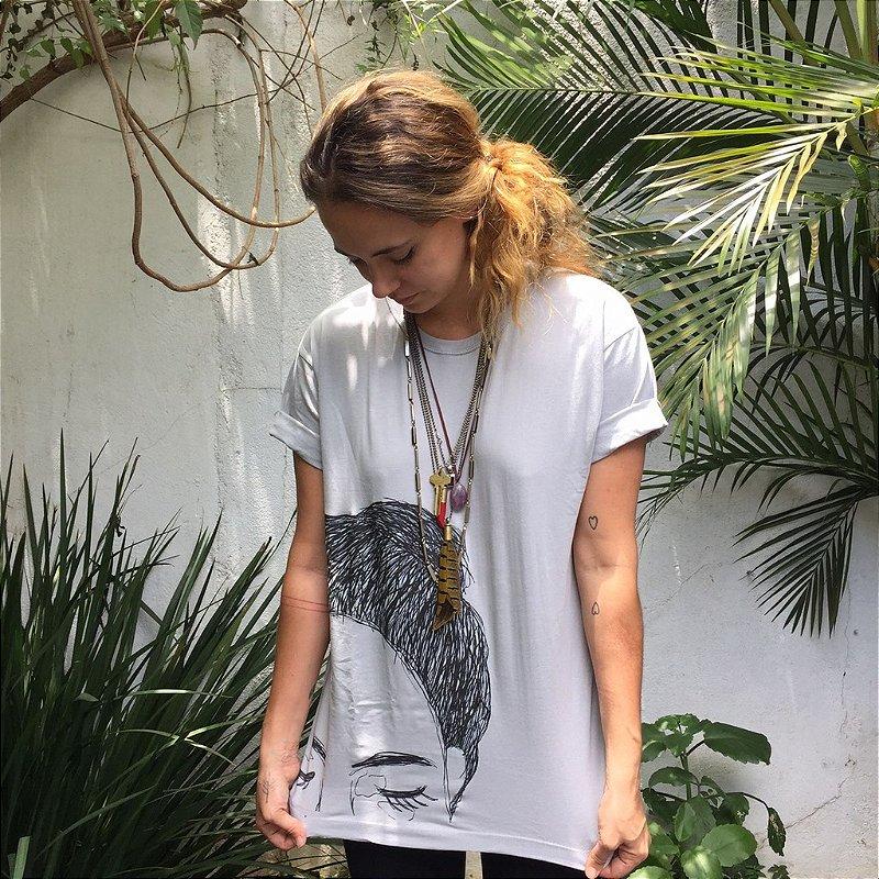 """Camiseta """"Assinado eu"""" - Por Beatriz Raissa"""