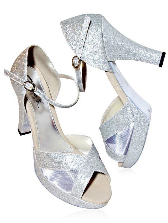 a269fe8e50 Sandália para Dança de Salão Capezio - A Mais Completa Loja Online ...