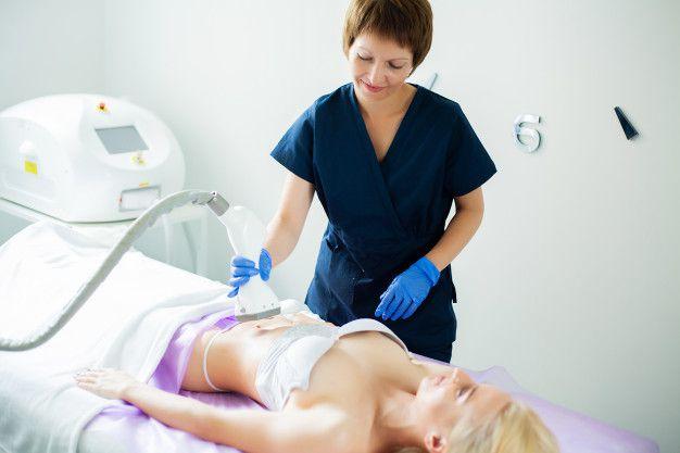 Radiofrequência / Criofrequência / Lipo Sem Corte VIP WAY + Procedimentos Complementares realizada por Fisioterapeuta. Combo com 4 visitas!