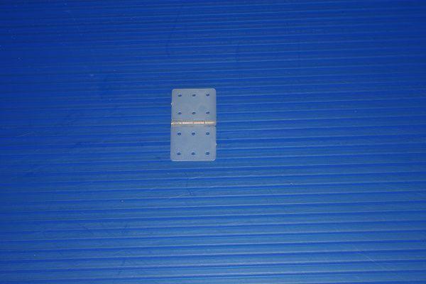 Dobradiças em nylon 28 x 16mm