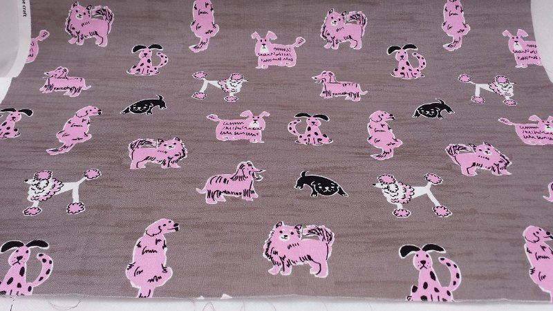 Cute Pink Dogs. Tam: Fat Quarter. BCA050 (50x55cm)