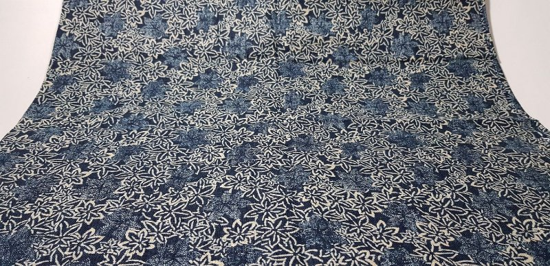 Navy Cotton. Flowers. Alg Trad Encorpado. TI036 (50x110cm)