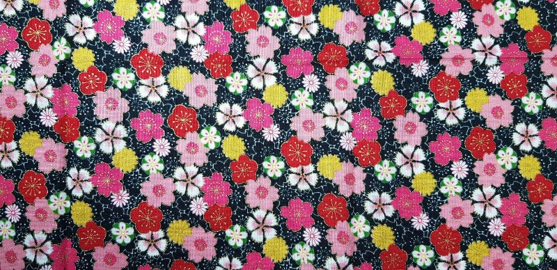 Little Sakura. Tec.Douradinho. TI046  (50cm x 55cm)