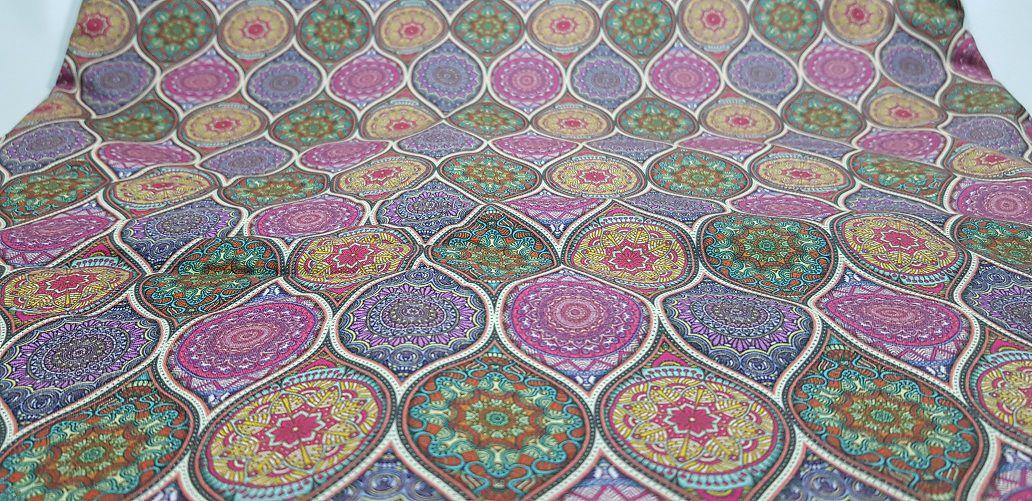 TD0036-Mandala Lilás. Tecido Digital. 50cm x 70cm
