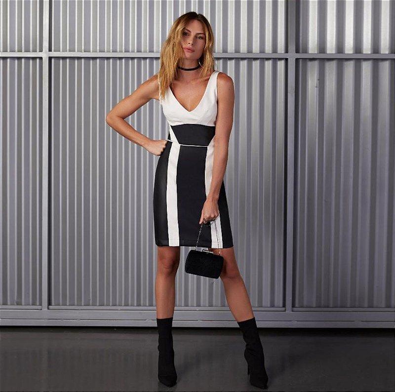 Vestido P&Off Couro Tecnológico