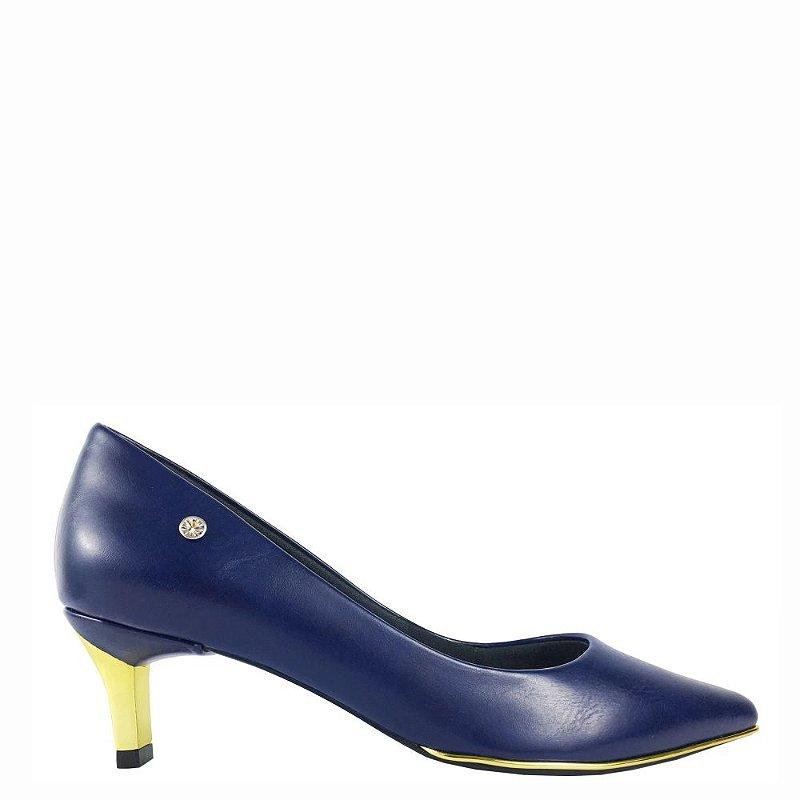 Scarpin Le Bianco Vernazza Salto Baixo Fino Dourado Bico Fino Azul Marinho em Calf
