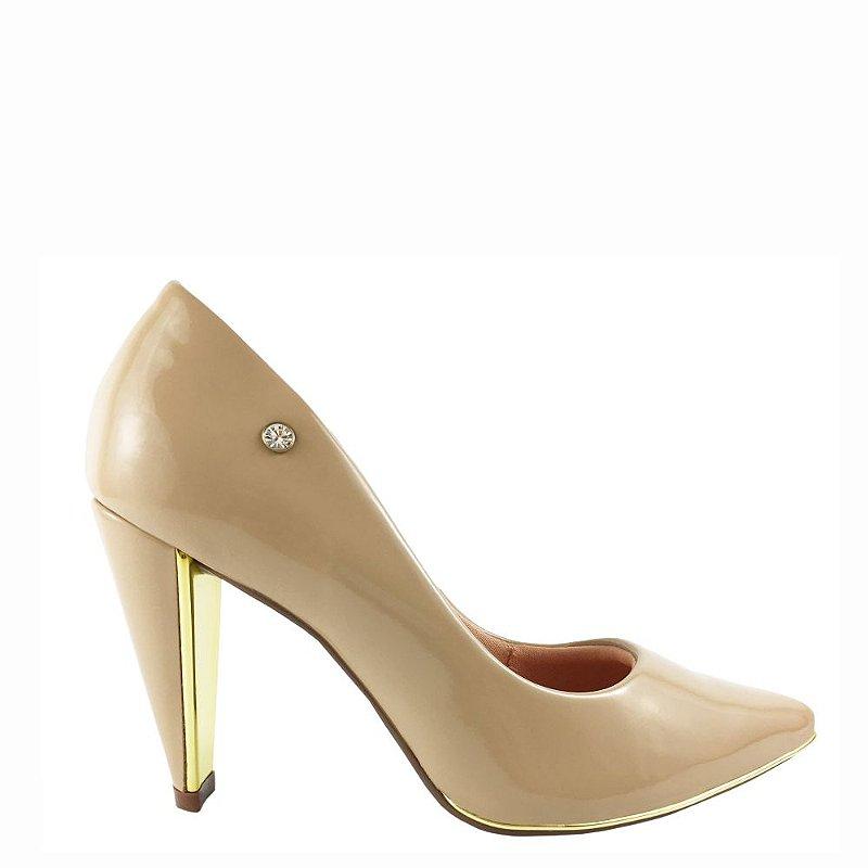 Scarpin Le Bianco Milão Salto Alto Tipo Cone com Dourado Interno Nude em Verniz