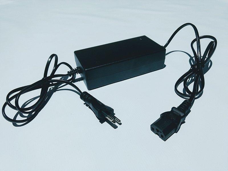 Carregador Ch 36 V Plug Quadrado 3 Pinos 110 <> 220V