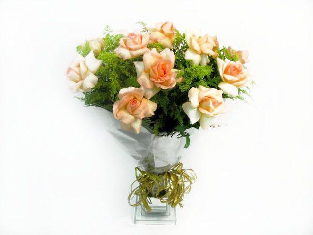 Buque com 12 Rosas a Ambiance
