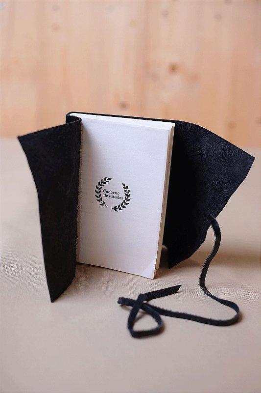 Caderno de Estudos preto - Caderno artesanal formato A6 - miolo em pólen bold