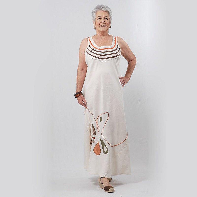 Vestido Plus Size de Linho Bordado Areia