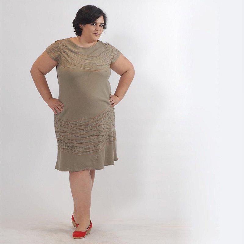 Vestido Midi Plus Size de Tencel Cimento Linhas