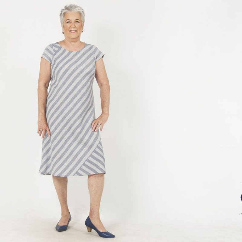 Vestido Plus Size de Linho Midi Listra Azul