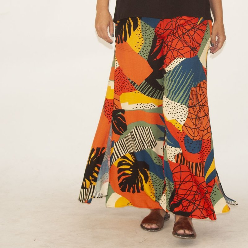 Calça Pantalona Flare Plus Size Estampa Burle Marx Laranja