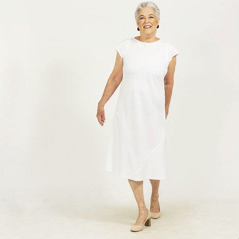 Vestido Midi Plus Size de Linho Branco Decote Alto