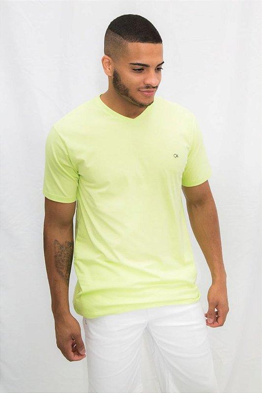 d5028f862bd Camiseta Ogochi Essencial - Verde XG