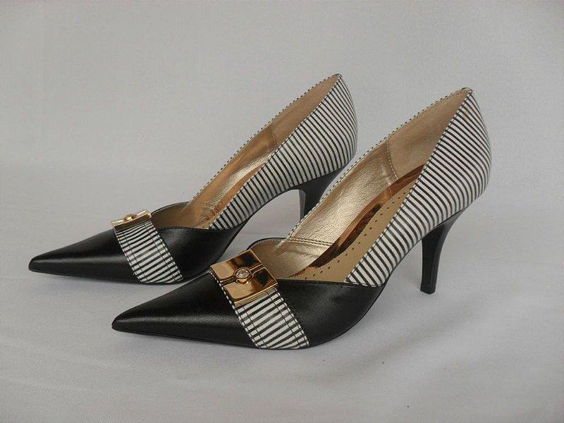 Sapato Branco e Preto - Novo!