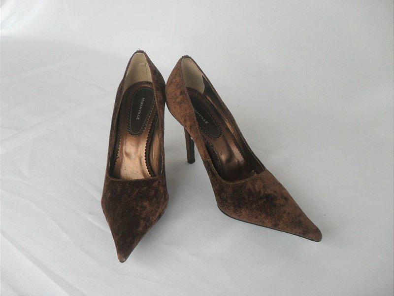 Sapato Camurça Aveludada Marrom - Novo!