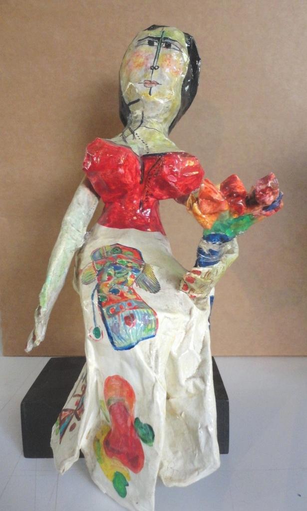 Escultura Boneca (Releitura com Obras Aldemir Martins)