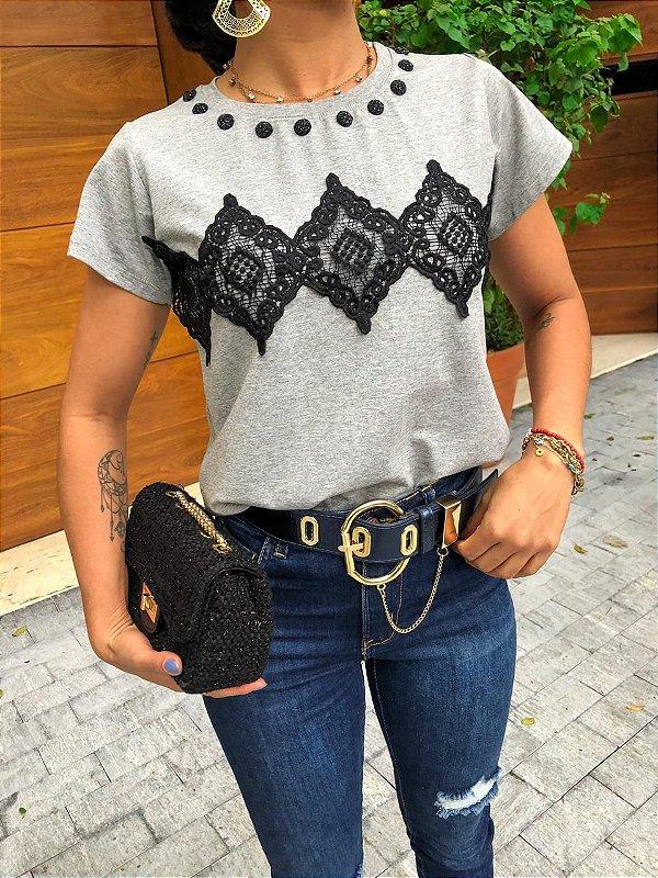 T-shirt Bordada com renda Guipir