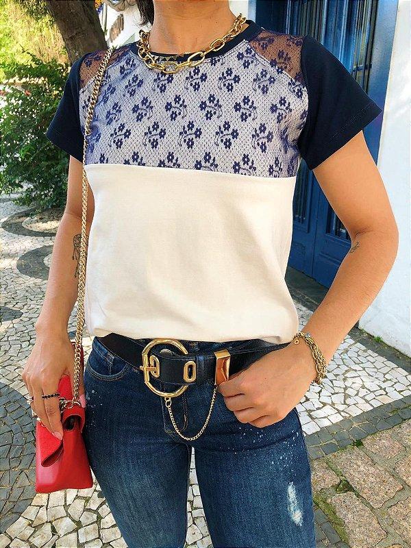T-shirt com Tule Azul noite