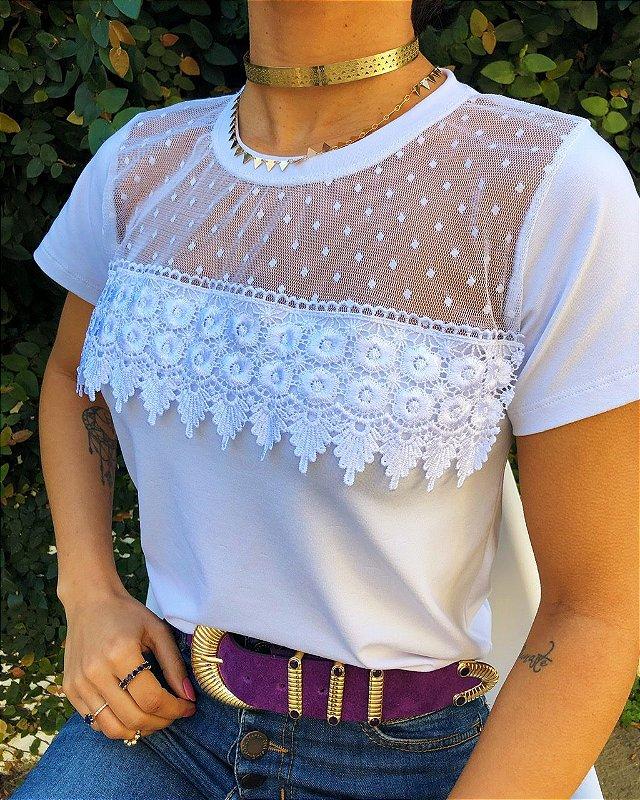 T-shirt Tule com renda Guipir