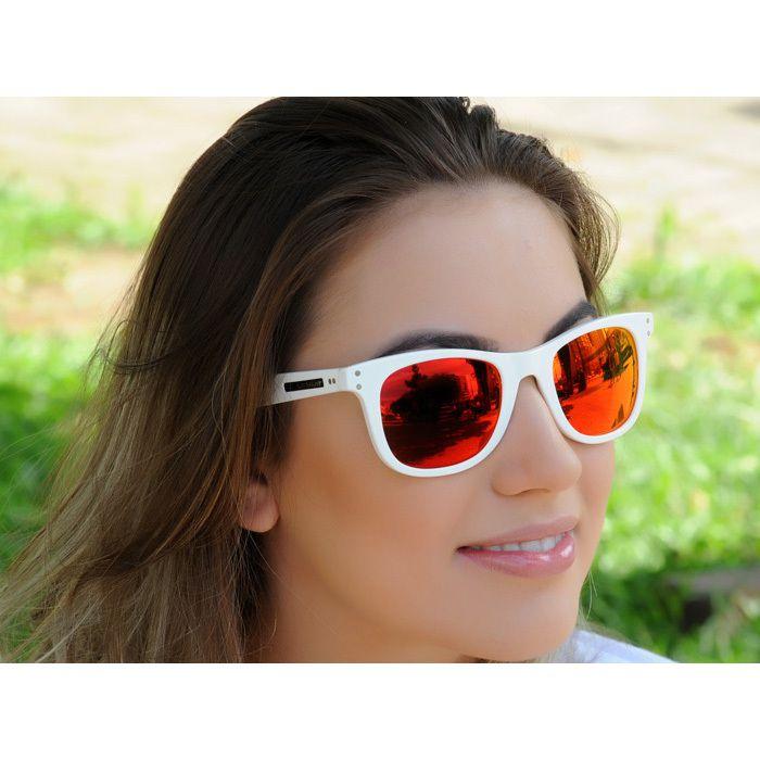 f35b34b766b21 Óculos de Sol Jackdaw 32 Branco Brilho com Lentes Vermelho Espelhado.  Código  Jackdaw32. Óculos de Sol Jackdaw 32 Branco Brilho com Lentes  Vermelho ...