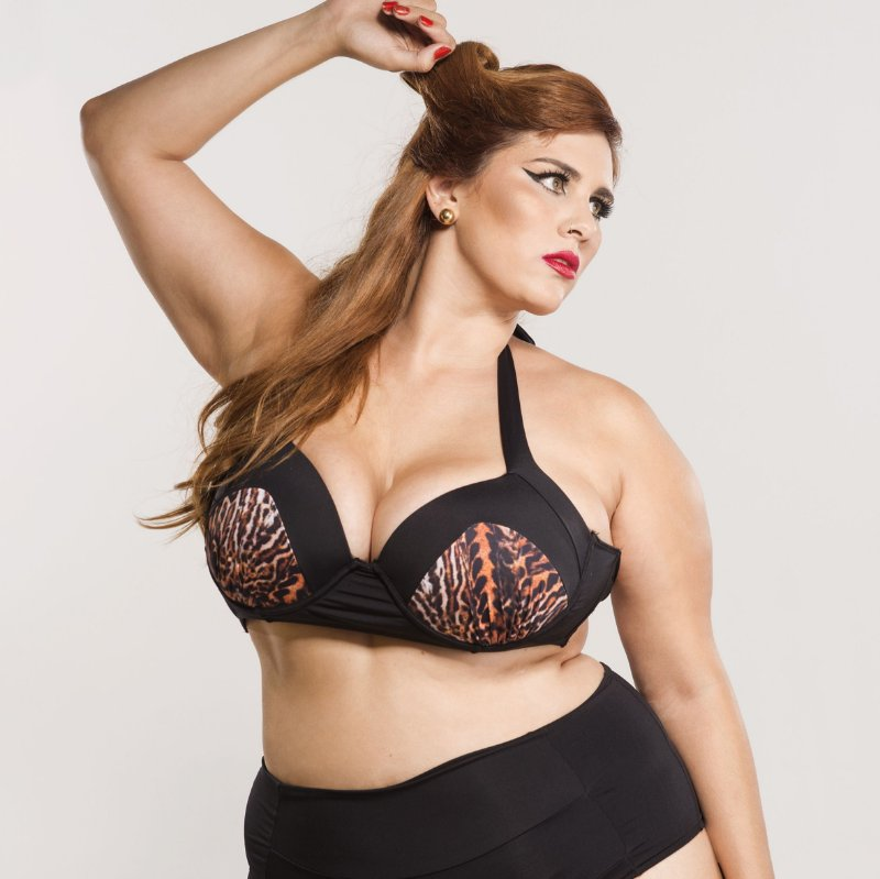 Top plus size Ilusion Plus Size Animal Print