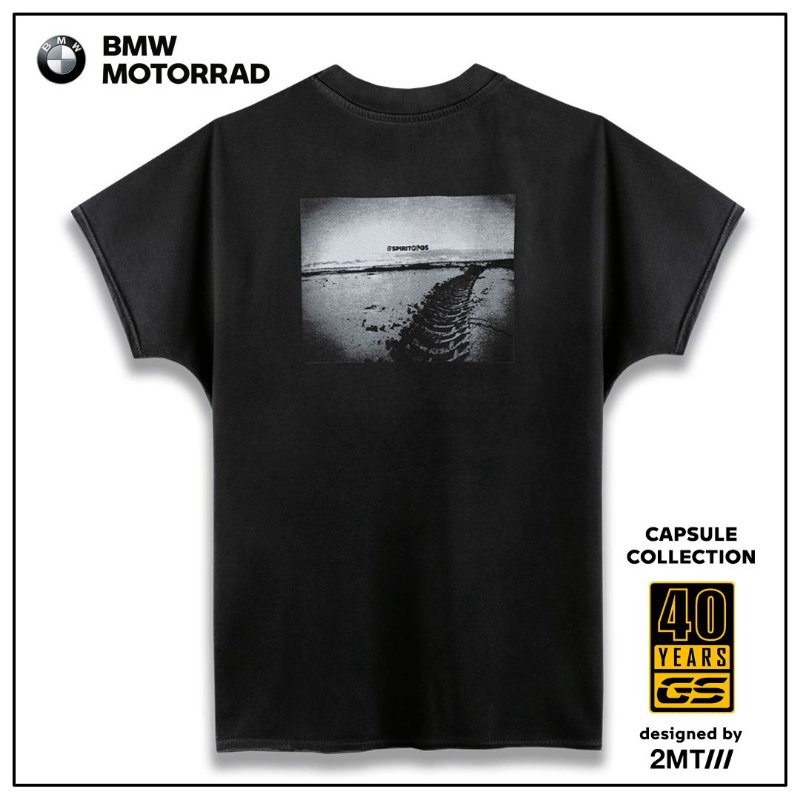 Camiseta BMW Tire Beach - Feminina