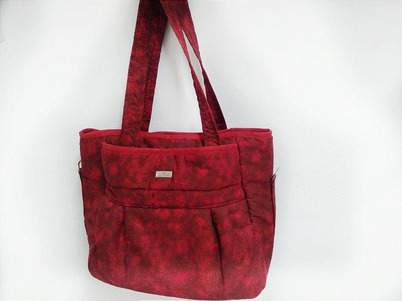 Bolsa vermelha de tecido