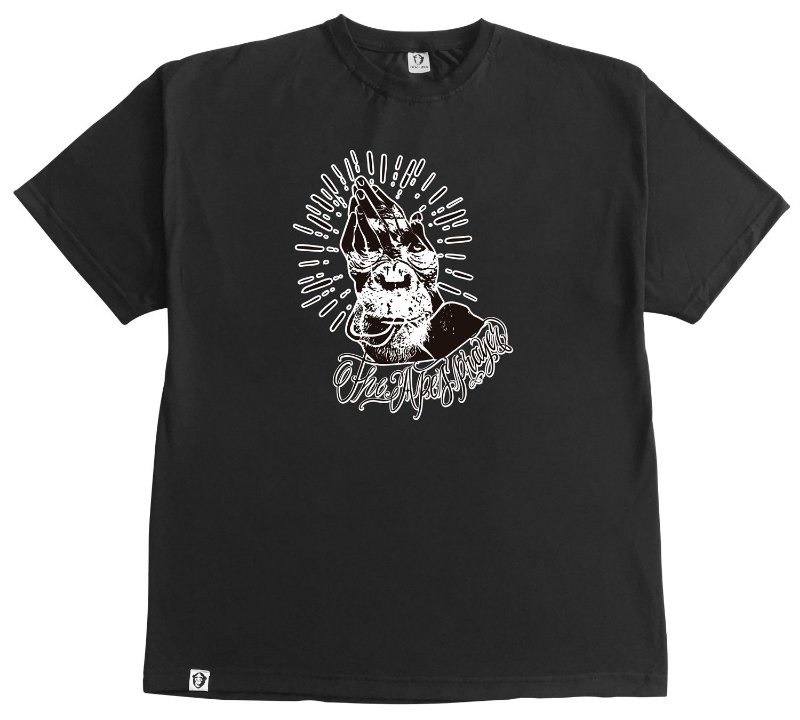 143. CAMISETA PRETA THE APES PRAYER