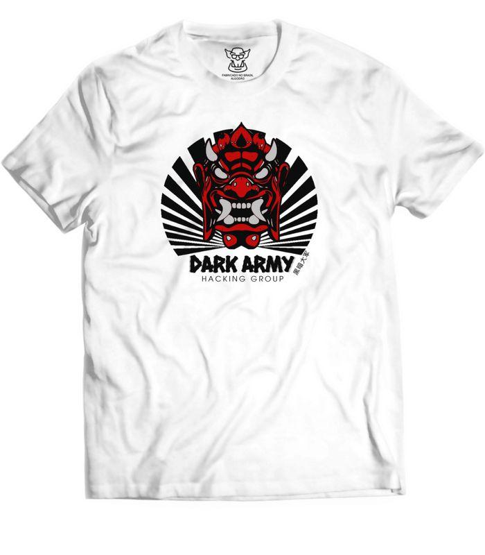 Camiseta Mr. Robot referencia ao grupo Hacking Dark Army da série americana Mr O Dark Army é um notório grupo hacker da República Popular da China, liderado pelo misterioso Whiterose.