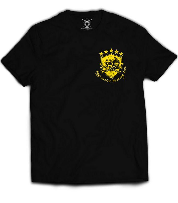 Camiseta Hacker Aggressive Hacking Club faz referência a galera que curte um futebol  e um bom hacking